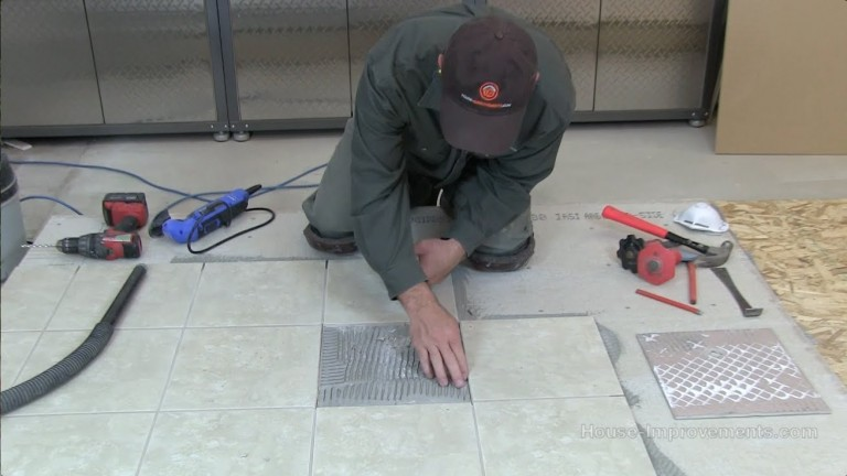 Removing a Cracked Floor Tile