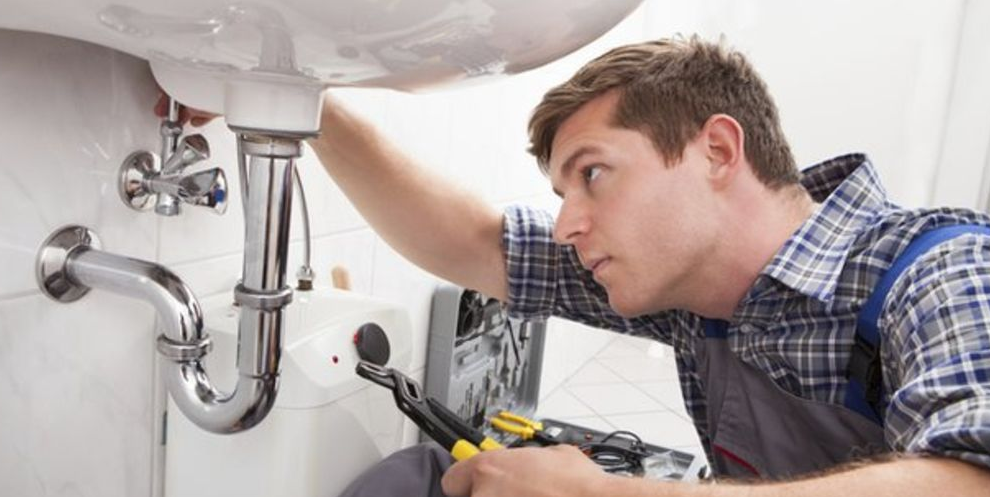 Consider Some Important Steps While Looking For A Plumber In Sunshine Coast