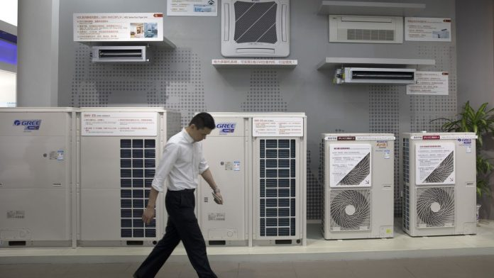 Air Conditioning Service Tips That Can Save You Money