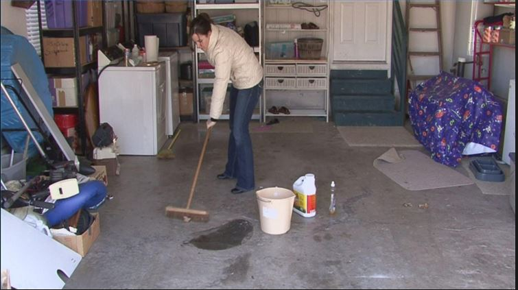 Why You Should Consider Garage Cleaning