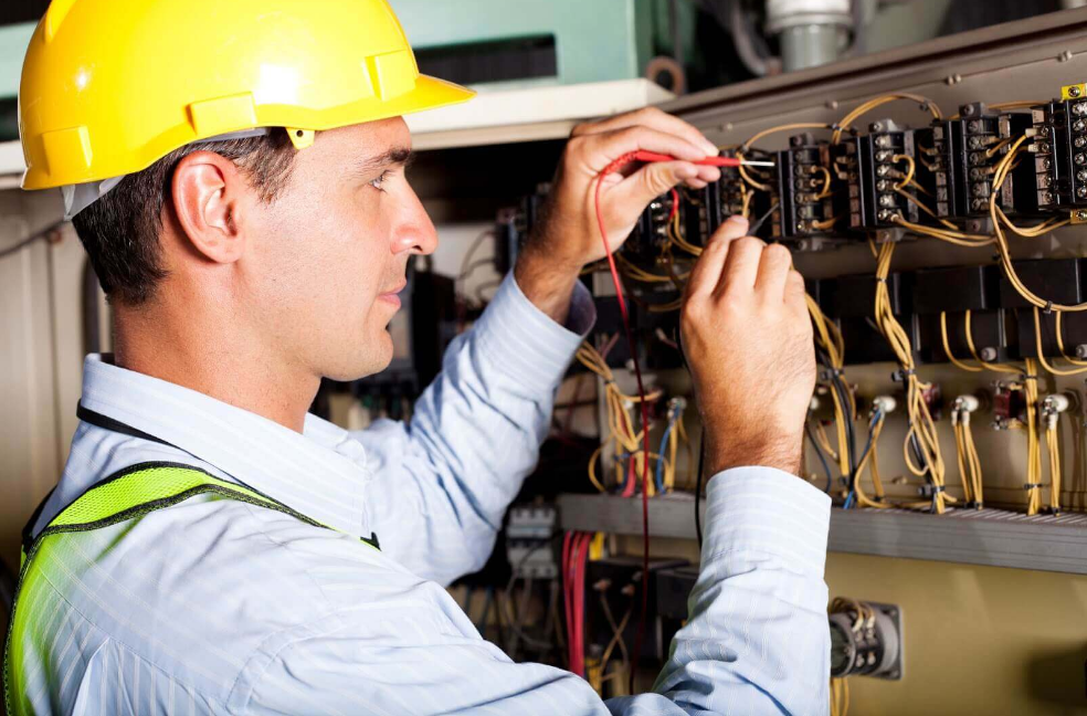 4 Ways to Find an Electrician Chelmer