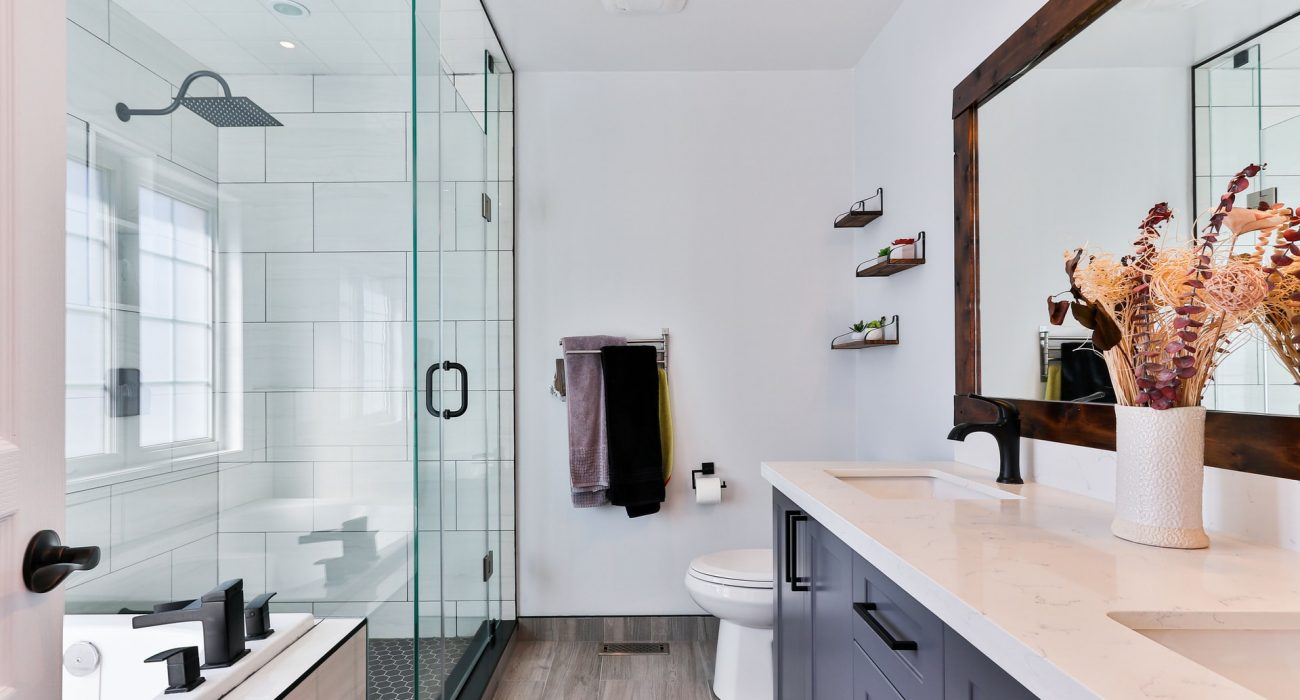 Hire Contractors for Sydney Bathroom Showroom